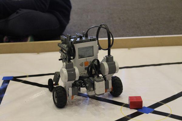robot-alumnos-ore-2016