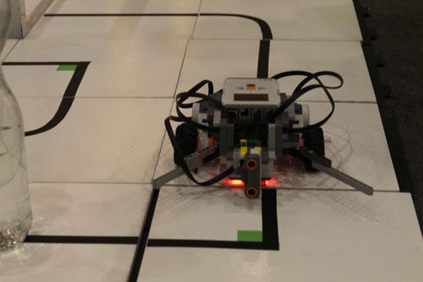robot construido ore 2016