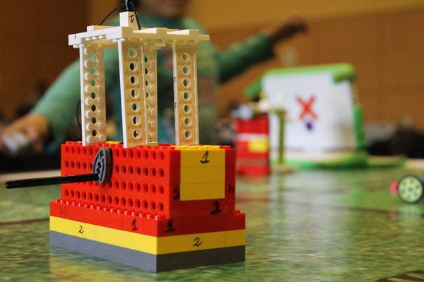 robot lego ore 2016